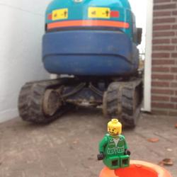 Lego-250x250pix-5