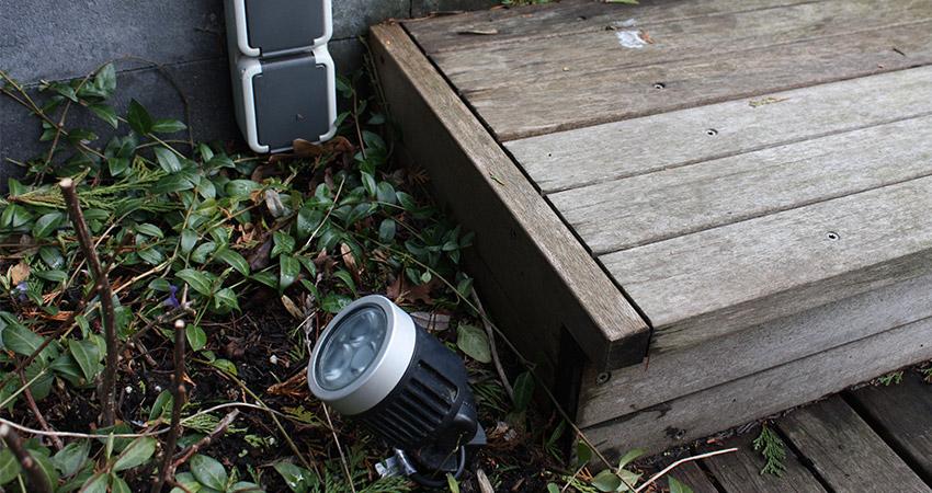 Tuinverlichting/electra: Inlite prikspot LED