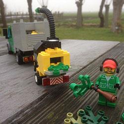 Lego-250x250pix-14