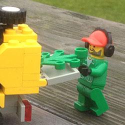 Lego-250x250pix-16